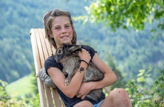 animals-on-the-farm-eisacktal-bressanone-alto-adige-(1)